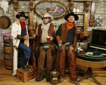 Judge Roy Bean's Old Time Photo's and Weddings