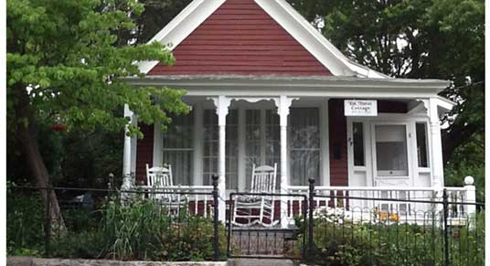 Elk Street Cottage