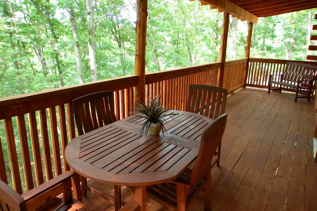 Lake Forest Luxury Log Cabins Events In Eureka Springs