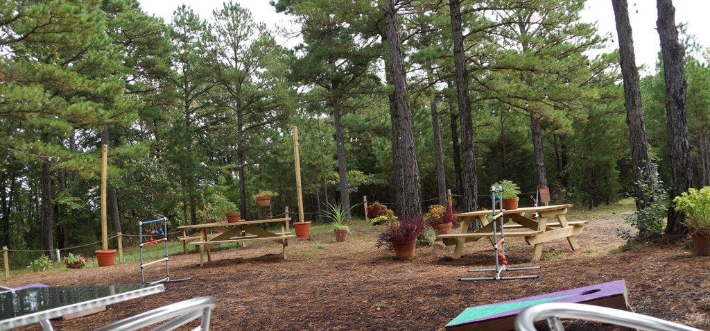 Eureka Springs Brewery outdoor tables and chairs