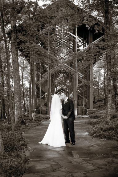 Eureka Springs Wedding Photo